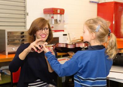 Music violin (2)